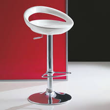 sgabelli regolabili in altezza sgabello ingenia modello zoe sedie design