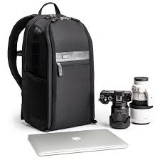 urban approach 15 low profile mirrorless camera backpack