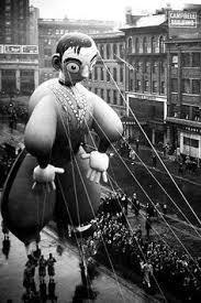 Rick Astley Thanksgiving Day Parade Amusing Vintage Photographs Of Thanksgiving Day Parade Balloons