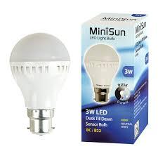 led light bulb with dusk to dawn sensor minisun b22 3 w dusk to dawn led bulb amazon co uk lighting