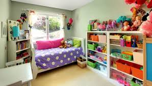 jeux de chambre à décorer jeux de rangement de chambre de fille maison design bahbe com