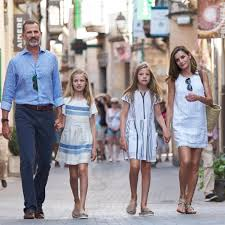 best photos of the spanish royal family in 2017 popsugar latina