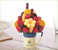 chocolate covered fruit baskets win a chocolate covered fruit basket from edible arrangements or