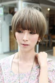 midway to short haircut styles beautiful bowl cut with retro fringe short japanese hairstyle