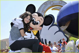 selena gomez mickey mouse hug photo 1103791 selena