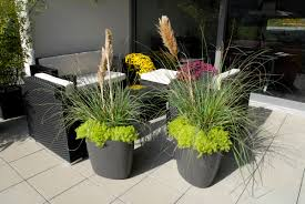 Restaurant Patio Planters by Patio Garden Planter Pots Modern Tokyo The Design Landscape