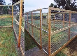 Cheap Fences For Backyard Best 25 Cheap Outdoor Dog Kennels Ideas On Pinterest Big Dog