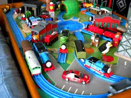 thomas the tank engine table top thomas and friends thomas the tank engine tomy toy train table