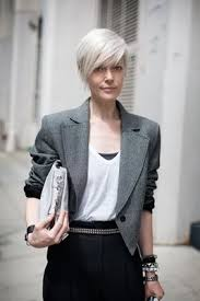 platinum hair on older women great look women over fifty letting their grey hair down white