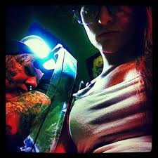 photo maci bookout back in the tattoo parlor teen mom news