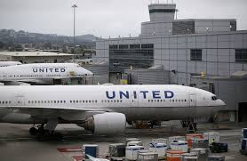 trapped baggage handler rode in cargo hold during hourlong united