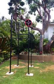 Backyard Pull Up Bar by The Castro Rig Strength Training Rogue Fitness Estruturas