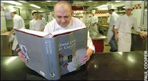 grand livre de cuisine alain ducasse 1 080 pages 700 recipes a in weight the s
