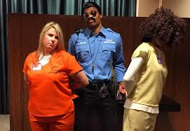 Oitnb Halloween Costumes Sb Nation Twitter