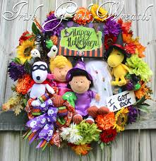 Christmas Outdoor Decor Peanut Gang With Tree by Xl Deluxe Peanuts Gang Happy Halloween Wreath Trick Treat