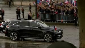 emmanuel macron choisit le ds 7 crossback comme voiture d u0027apparat