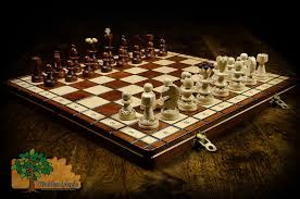 pearl deluxe chess set u2013 wooden magic