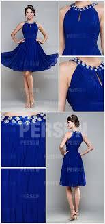 robe de mariã e bleue robe de bal courte bleue ruchée avec bretelle autour du cou