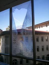 spontaneous glass breakage why it happens and what to do about it