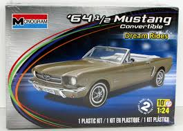 1964 1 2 ford mustang convertible monogram 85 4019 1 24 new car