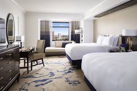 Floor Level Bed Club Level Guest Room In Denver Colorado The Ritz Carlton Denver