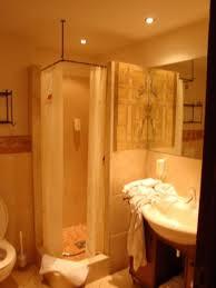 chambre d hote europa park salle de bain photo de hotel colosseo europa park rust