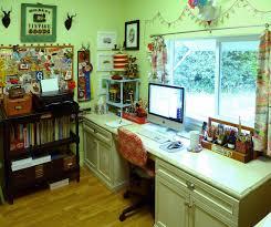 mettre sur le bureau un truc par jour truc n 602 mettre bureau devant la fenêtre