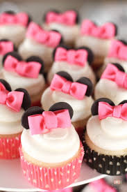 minnie mouse cupcakes 7 things you must at your next minnie mouse party catch my