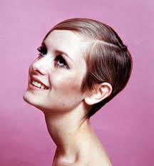 twiggyhairstyles for straight hair 1960 s best 25 twiggy haircut ideas on pinterest qvc uk hair