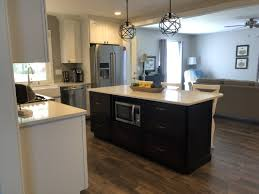 kraftmaid dove white kitchen cabinets kraftmaid vantage cabinetry and silestone countertop kitchen