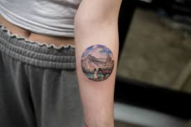 hand tattoo etiquette 8 awesome tattoo shops in nyc for every style
