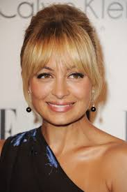 hairstyles for small forehead and oval face the best bangs for your face shape glamour