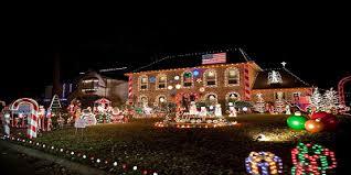 Light The Night Houston The 30 Best Neighborhoods For Christmas Lights In Houston Your