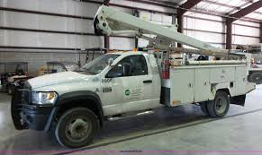 2008 dodge ram 5500 bucket truck item l7086 sold septem