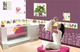 chambre pour bébé fille chambre bebe fille multicolore beau decoration chambre fille