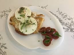 breakfast honeysuckle hill