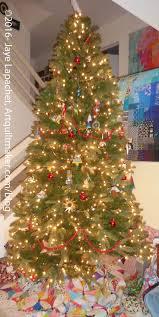 Poinsettia Christmas Tree Skirt 127 Best Tree Skirt Collecting Images On Pinterest Christmas