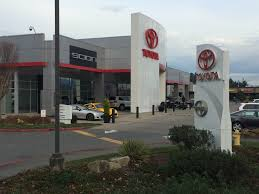 toyota motor credit phone number about our toyota dealership serving bellevue seattle kirkland