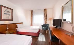 Twin Bed Room Hotel Rooms Berlin Outskirts Wyndham Garden Hennigsdorf Berlin Hotel