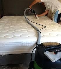 nettoyer un canape en tissu avec du bicarbonate nettoyage cuir canape nettoyage de canapac tissu cuir a domicile