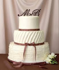 wedding cake styles wedding cake icing types popsugar food