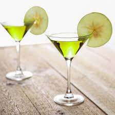 sour apple martini appletini recipe baking beauty