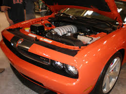Dodge Challenger 2008 - file 2009 red dodge challenger srt8 engine jpg wikimedia commons