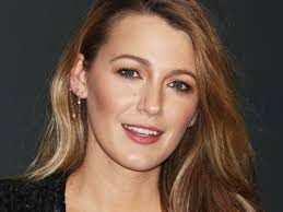 fashion blake lively got shortest haircut ever perfect cheers