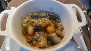 cuisine au vin rosé matelote d anguille au vin blanc roi de touraine fumé stew