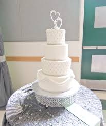 silver wedding cakes amazing of wedding cakes white and silver wedding cake
