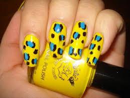 16 beautiful black and yellow nail designs