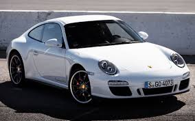 porsche 911 997 gts 2011 porsche 911 gts test motor trend