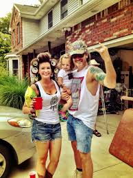 redneck family halloween costumes complete with confederate flag