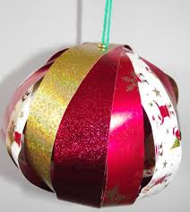 wrapping paper chains and baubles craft for